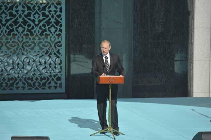ประธานาธิบดีปูตินเปิดมัสยิดที่ใหญ่ที่สุดในรัซเซีย